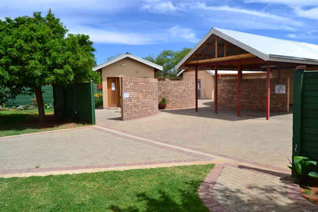 Accommodation in Kimberley: Hadida Guest House